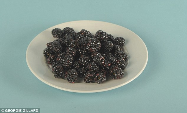 27EA321E00000578-3059330-Whereas_a_plate_piled_high_with_80_blackberries_contains_the_sam-m-113_1430239768354
