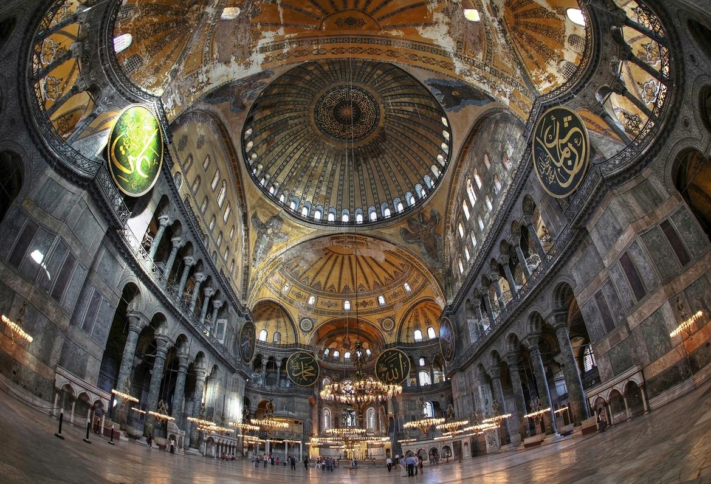 Hagia-Sophia-Interior-2
