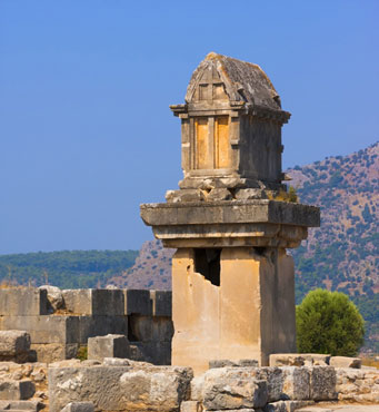 lycian-pillar-tomb