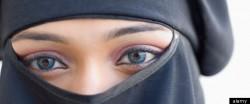 მუსლიმი მღვდელმსახური: მუჰამედმა თქვა, ცოლი უნდა დათანხმდეს ქმართან სექსზე, მაშინაც კი, როდესაც აქლემზე ზის