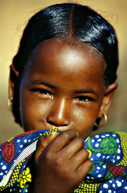tuareg-girl-photo-by-sergio-pessolano