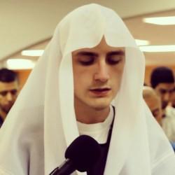 როგორ ჟღერს ისლამური საგალობელი? ბოსნიელი ბიჭის არაჩვეულებრივი შესრულება